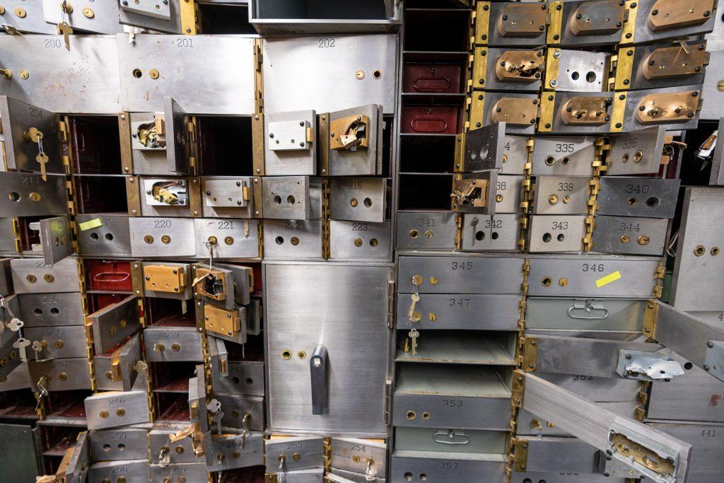 Recessions cause empty vault